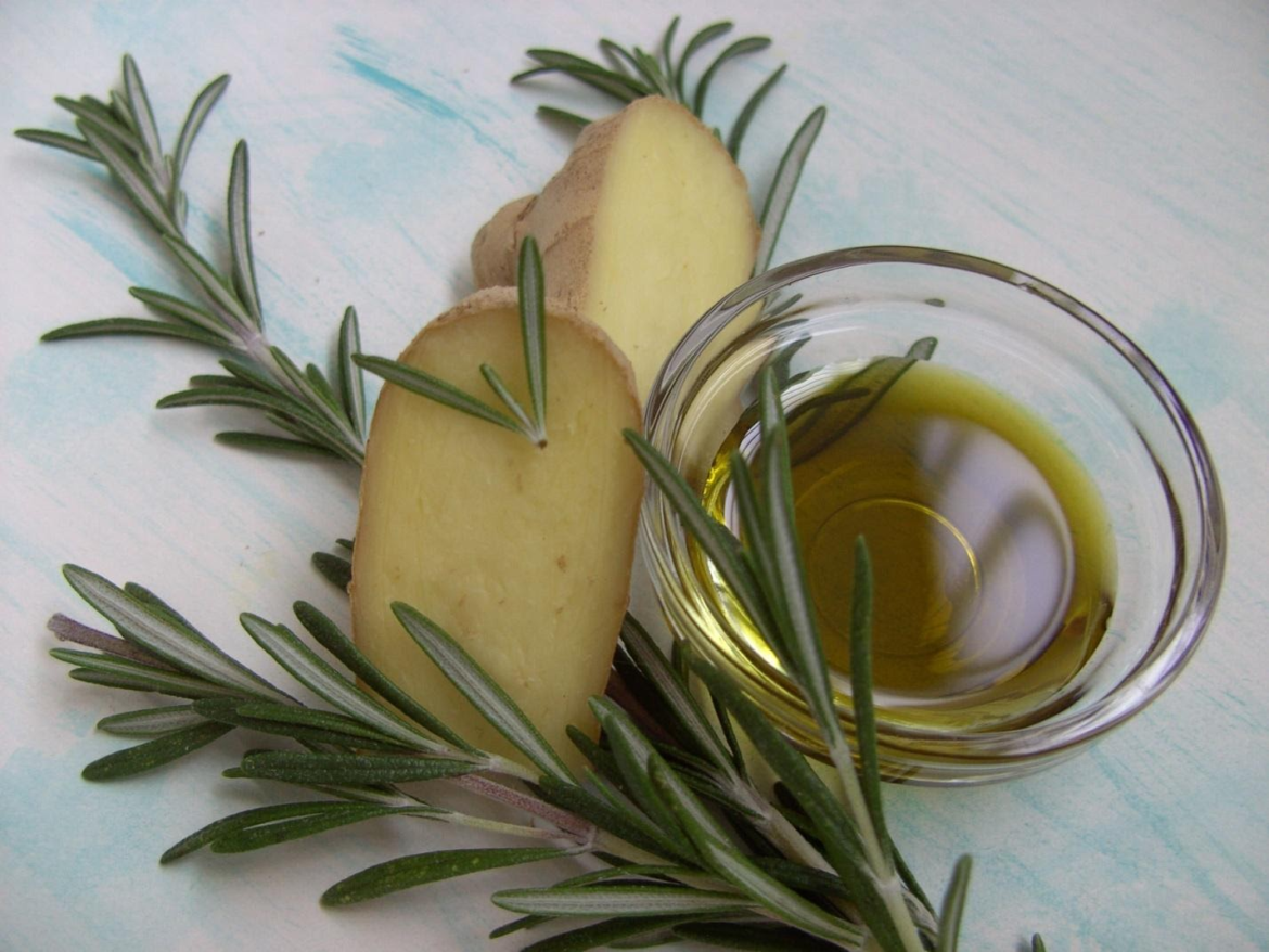 Avocado Oil Bowl with Ginger and Rosemary